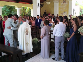 Dueto acústico en ceremonia religiosa