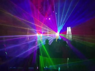 Ambiente con Euro DJ
